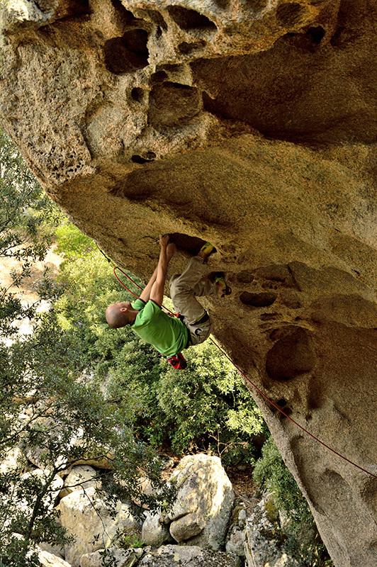 Enrico Baistrocchi sull'incredibile roccia dell'Ortobene, Zeno Corda