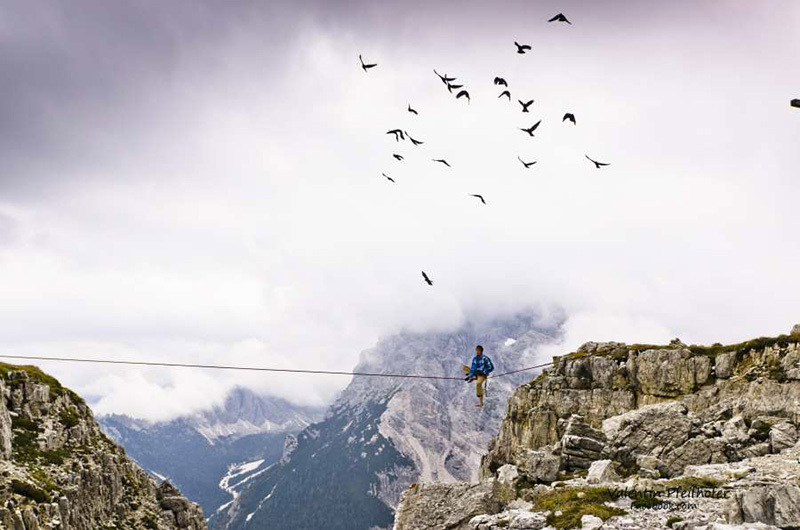 Flying with the birds, Monte Piana Highline Meeting 2013, Valentin Pfeifhofer