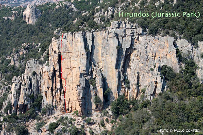 Aerial photo of Jurassic Park with the line of the new trad route., Paolo Contini