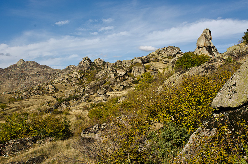 The boulders at Prilep Rudy Ceria