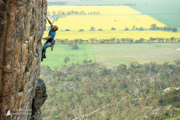 Jonathan Thesenga, Henry Bolte (25), Mt Arapiles, Victoria, Australia., Simon Carter / Onsight Photography