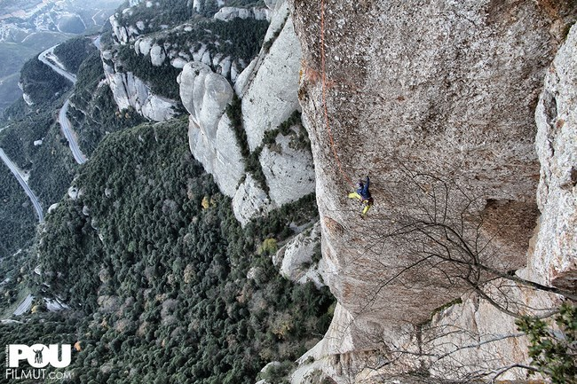Iker Pou climbing the route Tarragó at Montserrat, Spain, Filmut
