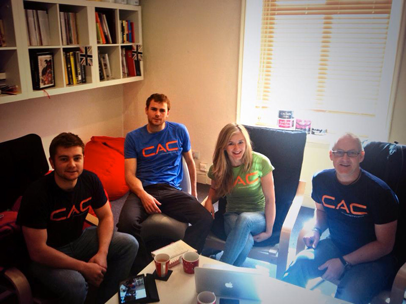 Ben Jone, Shauna Coxsey, Ned Feehally e John Ellison, Climbers against Cancer