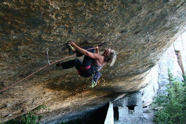 Alexandra Taistra climbing Abu Simbel, 8a+, Cuenca, Spagna, Sebastian Wutke