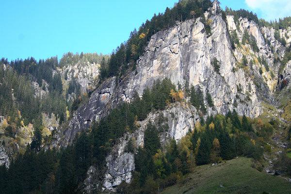 Il Taufenkopf nello Zillertal, Austria, a rischio chiusura a causa di una nuova cava., stonemonkeys