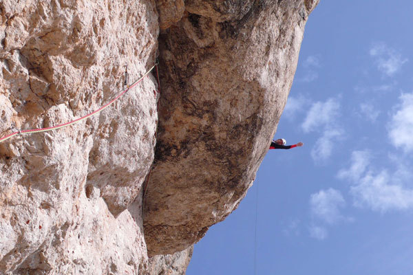 Rolando Larcher at the belay of the 11th pitch of AlexAnna, Punta Penia, Marmolada, Dolomites., arch. R.Larcher