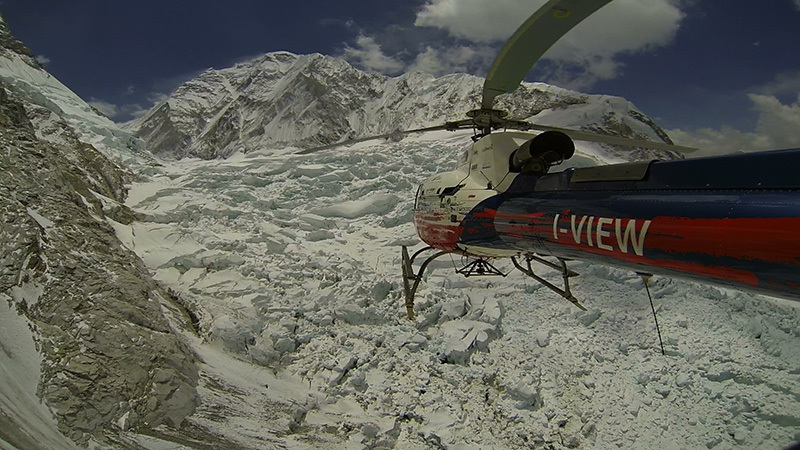 Flying above the Khumbu Icefall on Everest in 2012. The large serac can be seen clearly on the left.
