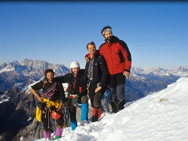 On the summit after the 2007 winter ascent of the Agner Spigolo nord (via Gilberti Soravito), Civetta, Dolomites: Toni Zuech, Ilio De Biasio, Lucio Faccin and Stefano Conedera., archivio Toni Zuech