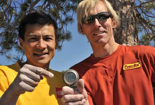 Yuji Hirayama & Hans Florine in vetta a The Nose, , El Capitan, USA., Florine archive