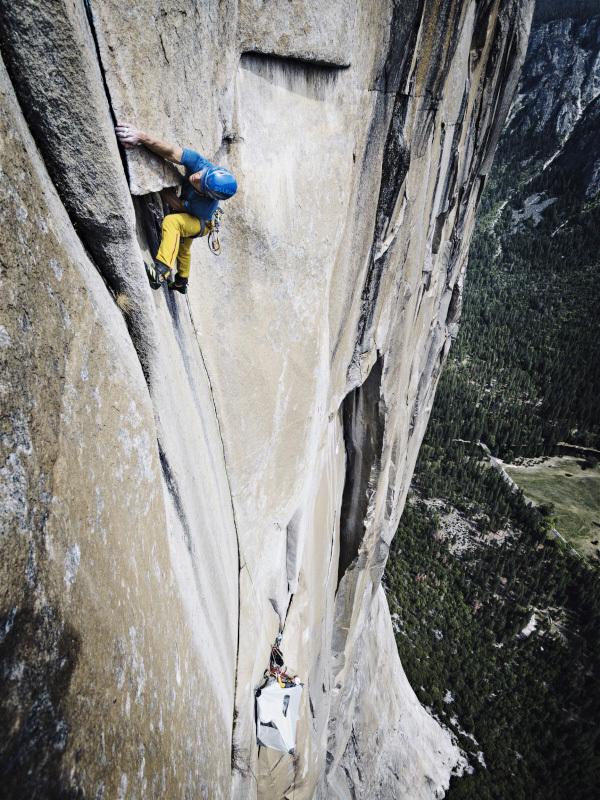 Roger Schäli and David Hefti climbing Golden Gate, El Capitan, Yosemite, USA. , Frank Kretschmann / www.funst.de