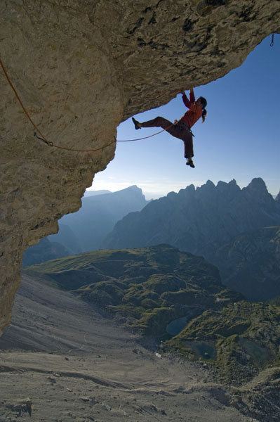 Alexander Huber making the first ascent of PanAroma 8c in 2007, Tre Cime di Lavaredo, Dolomites, Italy, Michael Meisl