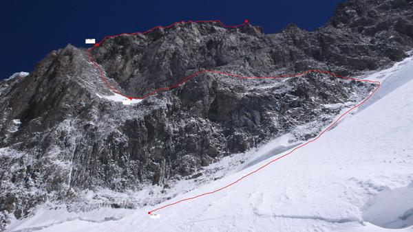 Batura Ⅱ (7762m) parete sud, archivio Piolet d'Or Asia