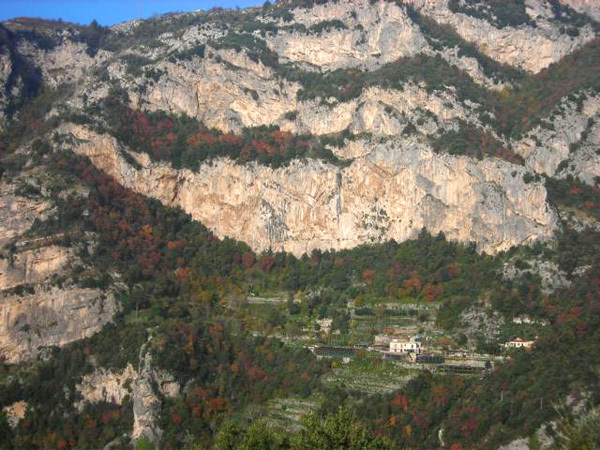 Il Paretone, Montepertuso, Positano, archivio La Selva