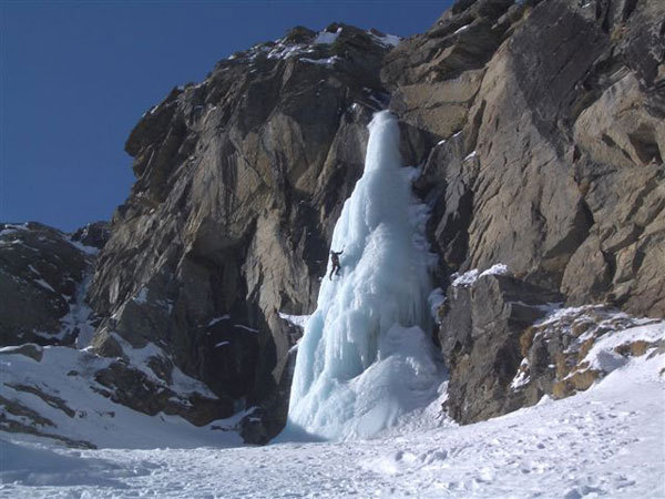 Ice climbing in Val di Cogne - Valeille, Ezio Marlier