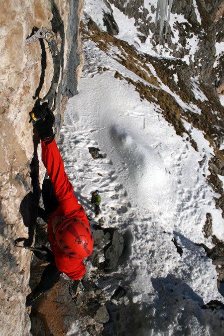 Martin Riegler climbing 'La sor blanche', Val Lunga (Val Gardena), Dolomites, Manuel Stuflesser
