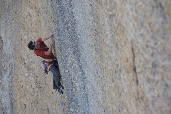 Alex Honnold sulla Bachar-Yerian 5.11c, Tuolumne Meadows, USA, Honnold collection