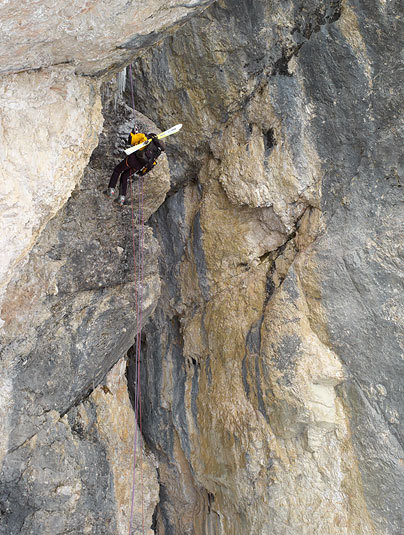 Abseiling down the final section., Francesco Tremolada