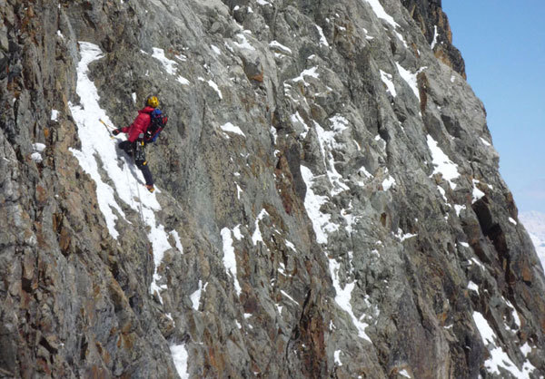 Rampik in arrampicata sul muro, arch. Luca Maspes