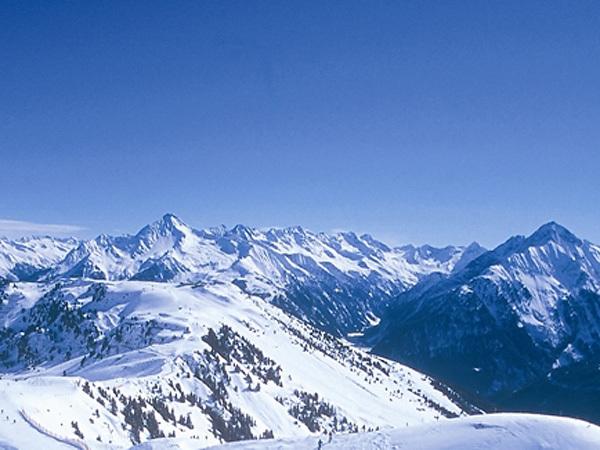 Le bellissime Alpi dello Zillertal, Austria, Zillertal