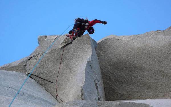 Oltre la parete by Elio Orlandi, Planetmountain.com