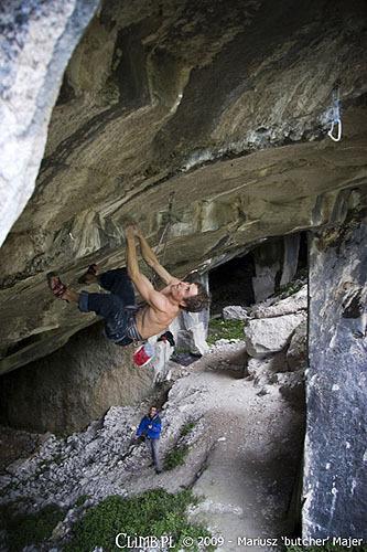 Lukasz Dudek sale Underground a Massone, Mariusz Majer, www.climb.pl