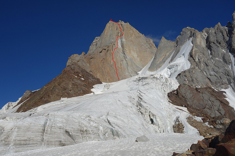 The West Face of Alexander Block Peak  (5239m), Pamir Alay, Kirghizistan and the line of the Vladimir Gunko route (950m, 6A), repeated by Julia Borisova, Marina Popova, Olesya Babushkina and Alexandra Mentovskaya