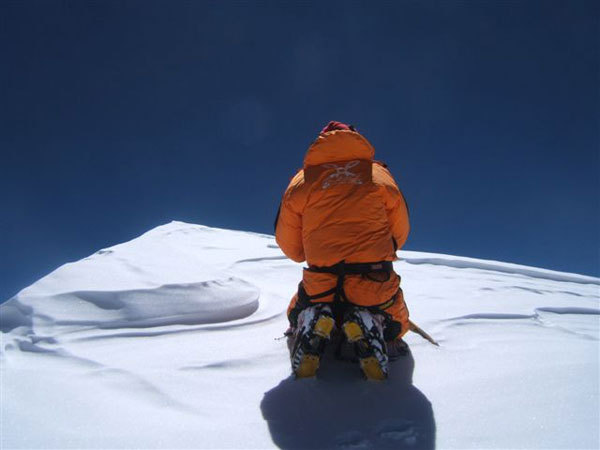 Nives Meroi on the summit of K2, arch. Meroi