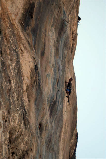 Manolo on-sighting Rock and Blues 8b+ at Kalymnos, Giuseppe