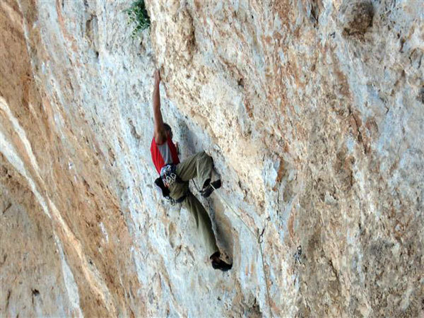 Manolo climbing at Kalymnos, Greece, Nicolò Zanolla