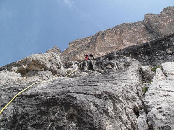Franco Nicolini sui tiri iniziali del CASTELLETTO DI MEZZO Parete S. Via Detassis - V° 200m, Omar Oprandi