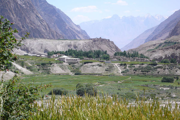 Hushe village, arch. Karakorum 2009