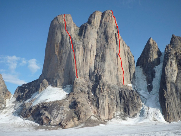 North Face of Asgard North Tower. Left: the Porter route (Charlie Porter, 1975, solo VII, 5.10+ A4). Right: the Belgarian, Planetmountain.com