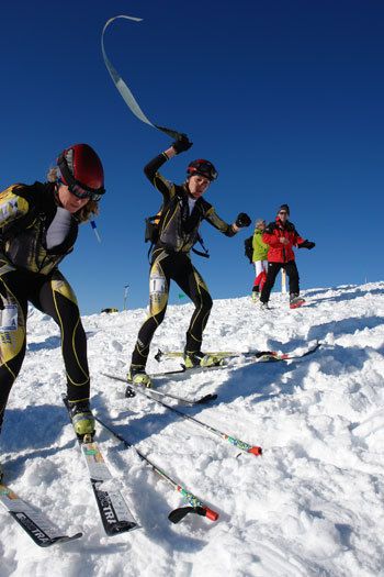 Change of skins for Francesca Martinelli and Roberta Pedranzin at Légette du Mirantin (2353m)., Lorenzo Scandroglio