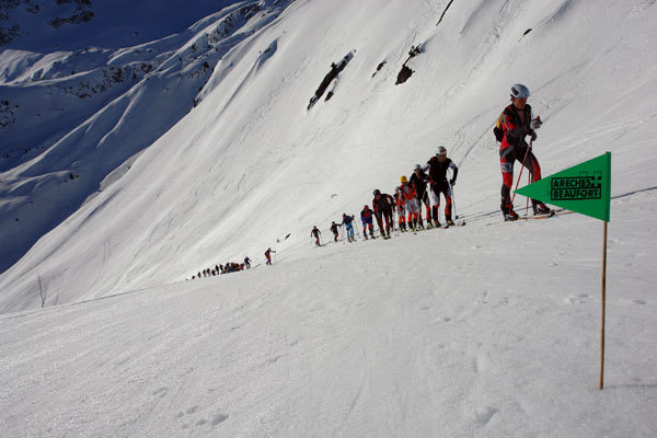 The competitors lined up on their way to Epaule Légette du Grand Mont (2250 m)., Lorenzo Scandroglio