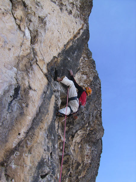 Riccardo Scarian on the 18th pitch (8b) of Masada, arch. R. Scarian