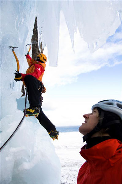 Albert Leichtfried and Markus Bendler climbing