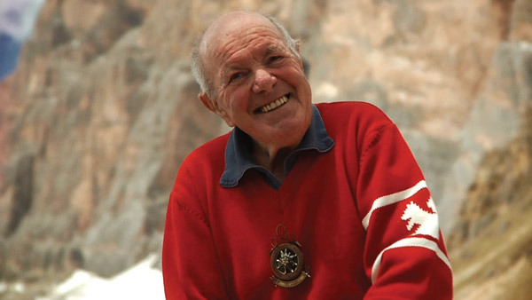 Lino Lacedelli during the making of the film Rosso 70. The history and memories of 70 years of alpinism by the Cortina Scoiattoli., Rosso70