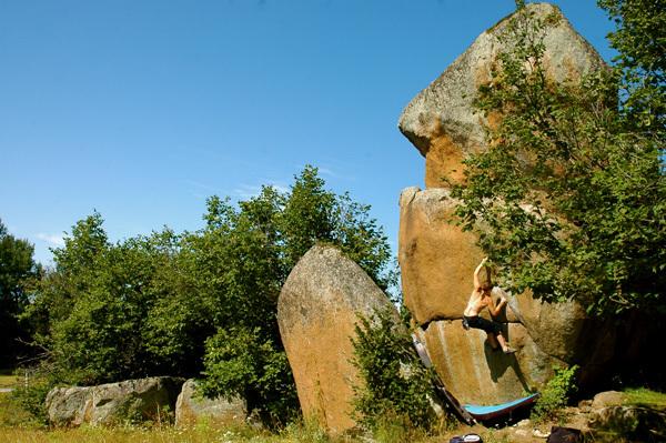Boulder sui massi del Targasonne, Francia., Enea Colnago