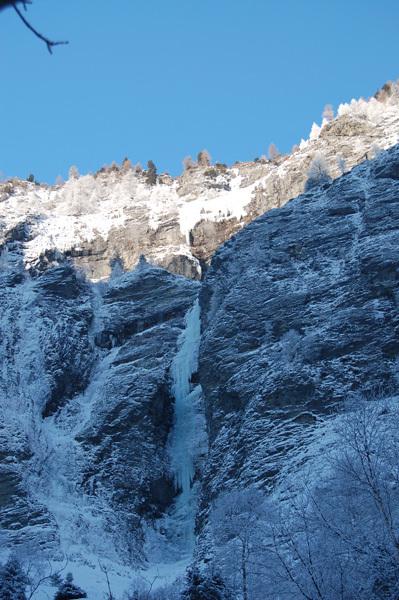 Il 4 gennaio 2010 l'austriaco Rudolf Hauser, con Alexander Holleis e Rupert Huber, ha effettuato la prima salita integrale di Gamsstubenfall (800m, WI7) una delle ultime grandi linee di ghiaccio nel Gasteinertal, in Austria., Rudolf Hauser