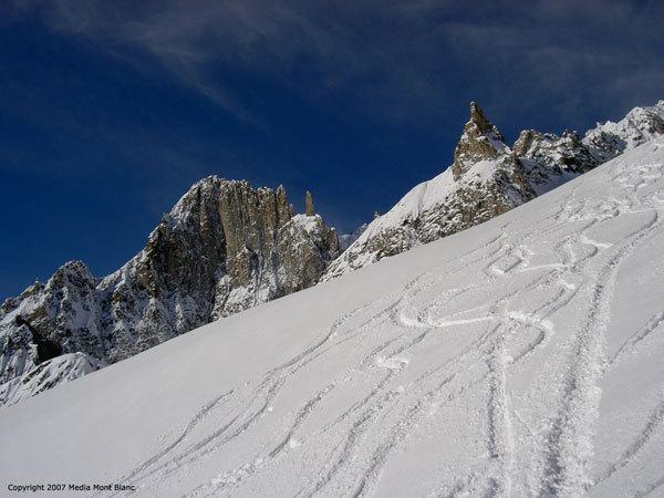 1a edizione Mont Blanc Free, Planetmountain.com