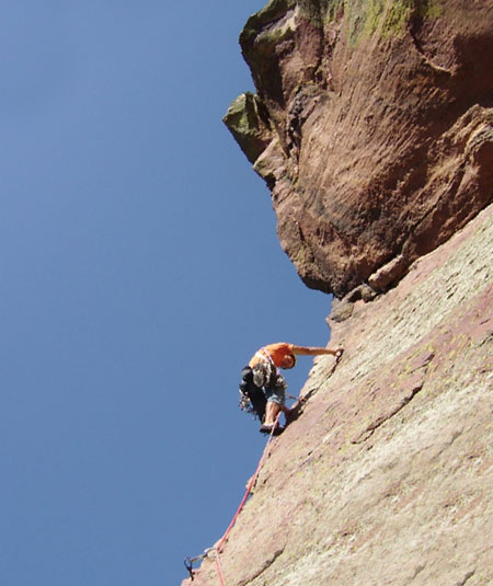 Climbing in USA, Colorado, Eldorado Canyon, Naked edge Olliveri su L5, Bonfanti - Olliveri