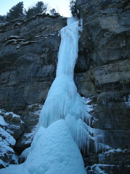 Zia Mia, nuova cascata nelle Alpi Carniche, archivio Addari
