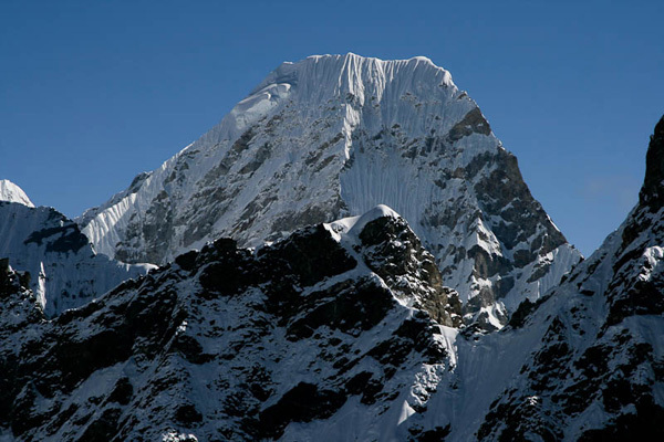 Takargo (6771m) in Nepal, seen from the southwest., Joseph Puryear & David Gottlieb