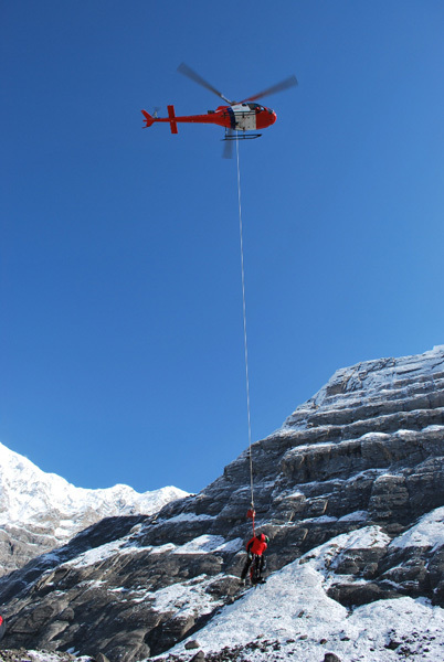 Annapurna, helicopter resuce, Air Zermatt