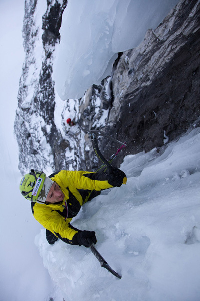Schach Matt - Gran Zebrù. (3851m), North Face, 1000m M10+ WI5 55°. Florian & Martin Riegler, winter 2010., Eduardo Gellner