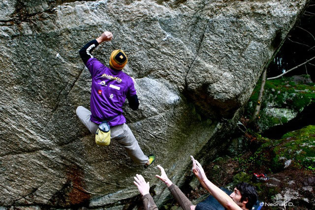 Pietro Tonoli climbing 'Pinna jet', Diego Neonati