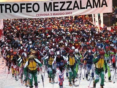 Domenica 29 aprile 2007 parte un Mezzalama da record con quasi 800 partecipanti al via per la gara di scialpinismo più dura del mondo. , Giulio Malfer