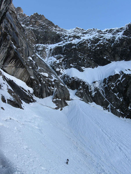 Walking in to the South Face of the Grandes Jorasses, Sergio De Leo