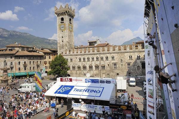 Piazza Duomo di Trento e l'arrampicata mondiale, Giulio Malfer