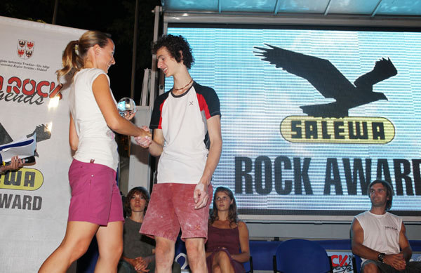 Ruth Oberrauch, Marketing Manager Italy Salewa, handing over the Salewa Rock Award to Adam Ondra, Newspower